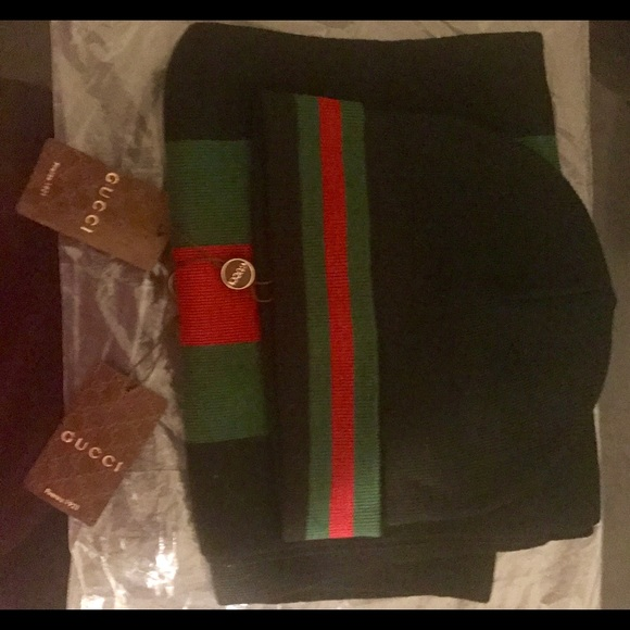 Gucci Beanie Hat and Scarf Set 130551c44af